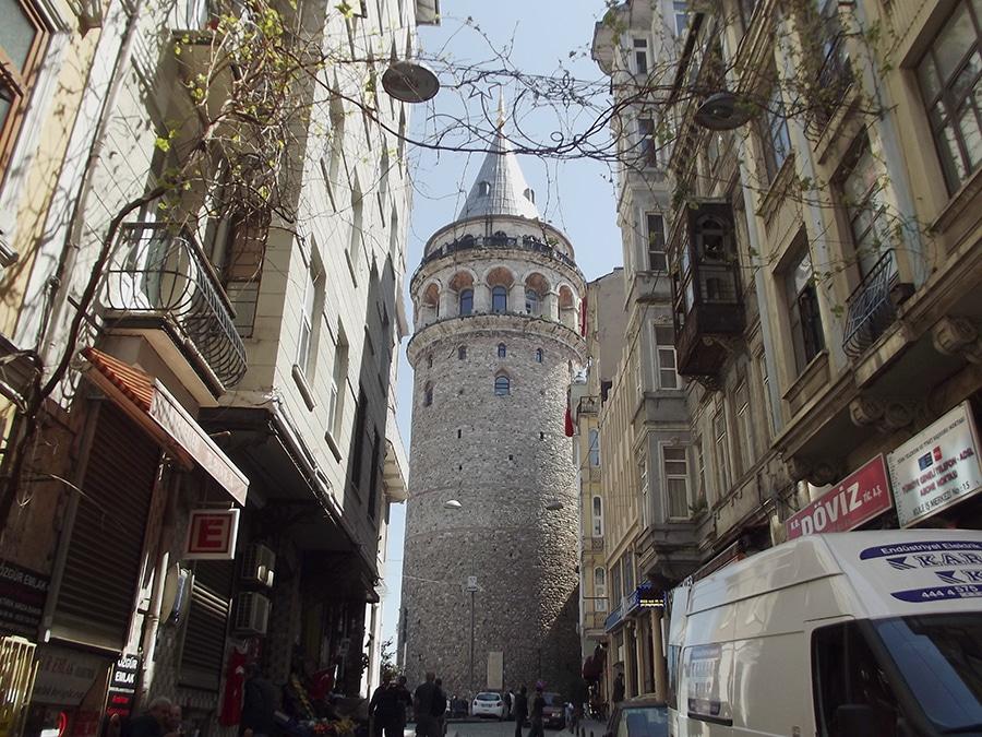 Galatatoren (Galata Kulesi) in Istanbul, Turkije