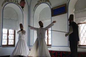 Uitbeelding van dansende Derwisjen