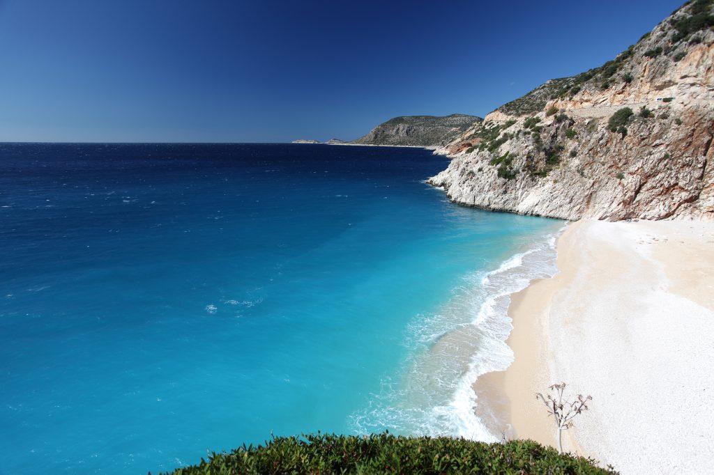 Kust en strand van Kaş, Turkije