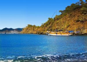 Gület op zee in Bodrum, Turkije