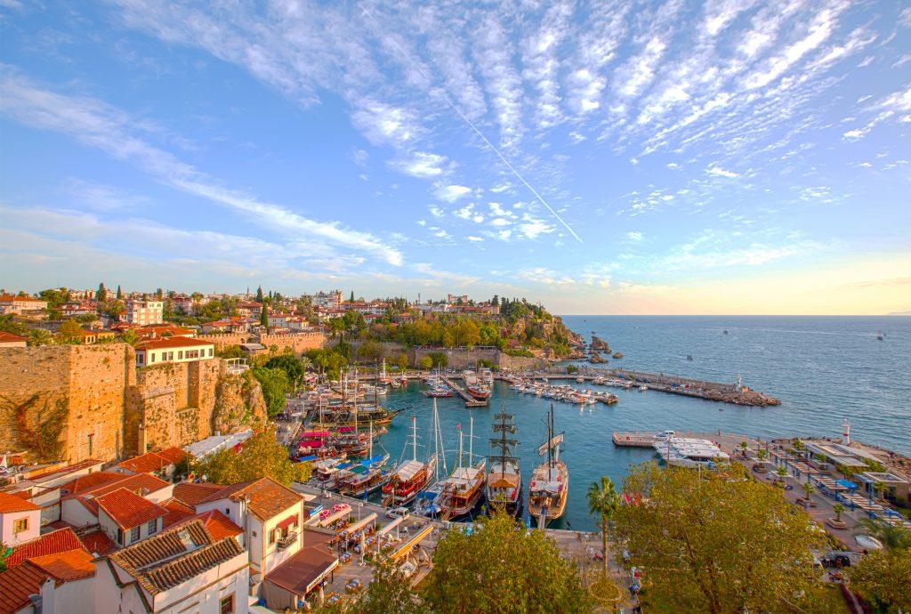 Oude haven van Antalya