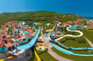 Waterpark van Aqua Fantasy Hotel in Kusadasi, Turkije